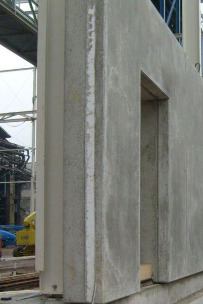 Aufbau Sandwichplatte: tragende Wand, Daemmschicht, Vorsatzschale