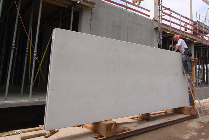 Fassadenplatte auf Innenladerpalette